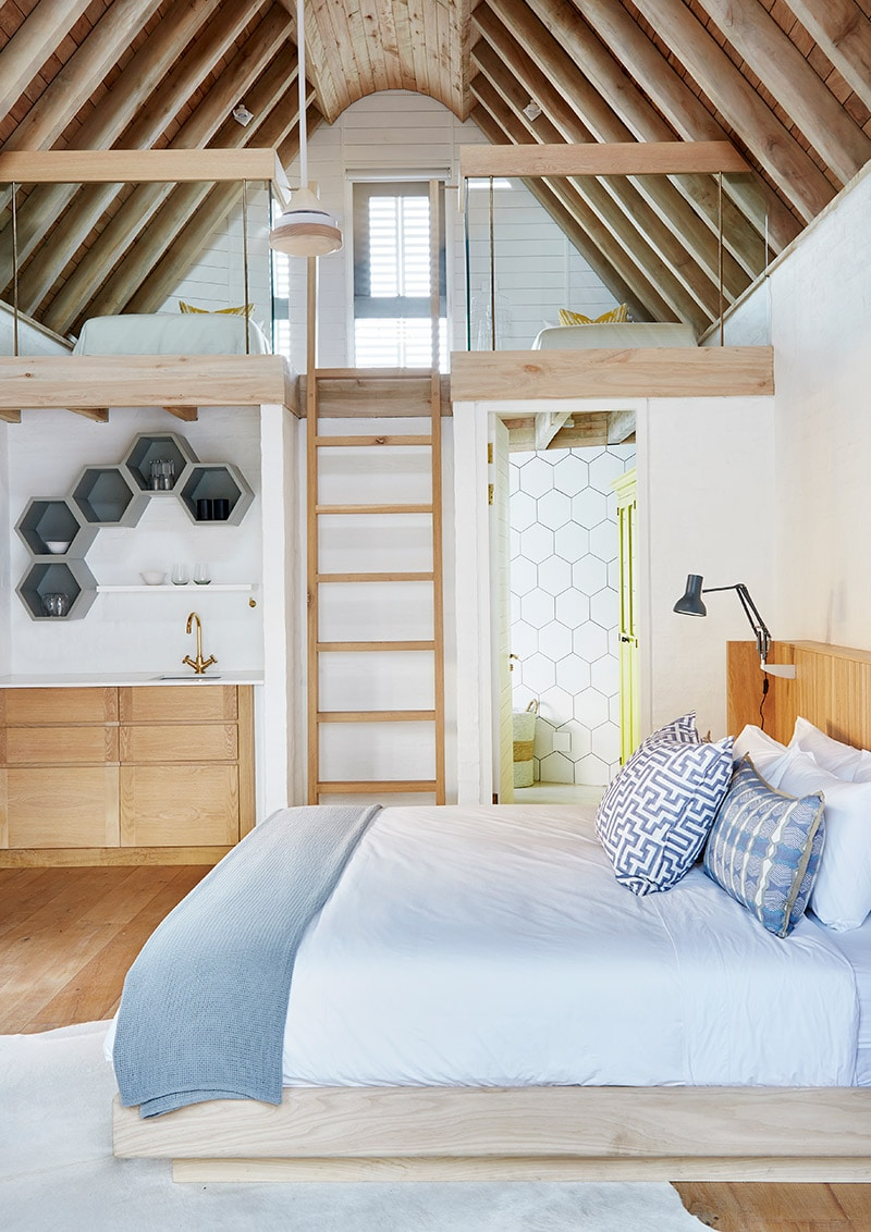 hand chiselled floors in bedrooms